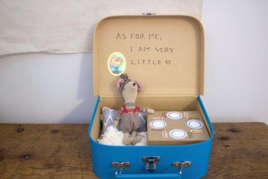 handmade gift idea - tiny mouse house